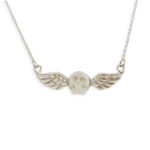 Collier-Perle-de-Jade-skull-argent-925-600x600-FondBlanc