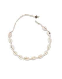 Collier-coquillage-beige-perle-de-jade-artisanal