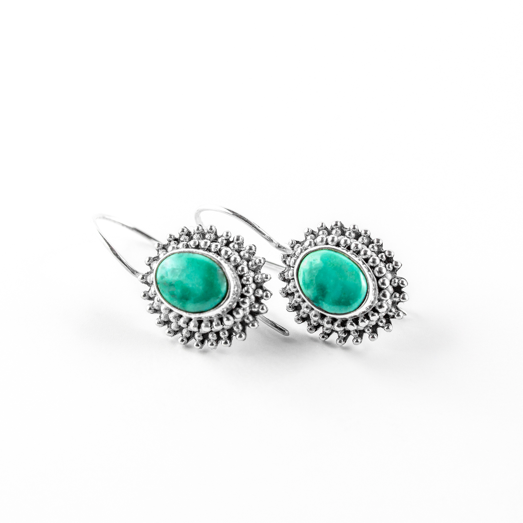 """Boucles d'oreille ovale """"Laguna"""" en argent massif (925) et turquoise Perle de Jade"""