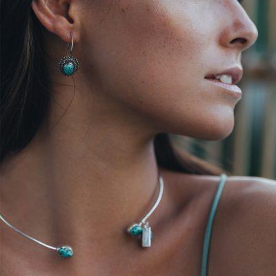 Collier ras de cou Perle de Jade en argent massif (925) et pierre de turquoise