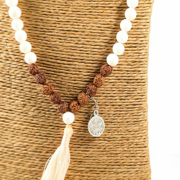 Perle de Jade collier méditation Sahana graines rudraksha