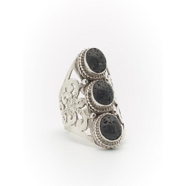 bague pierre de lave noire perle de jade