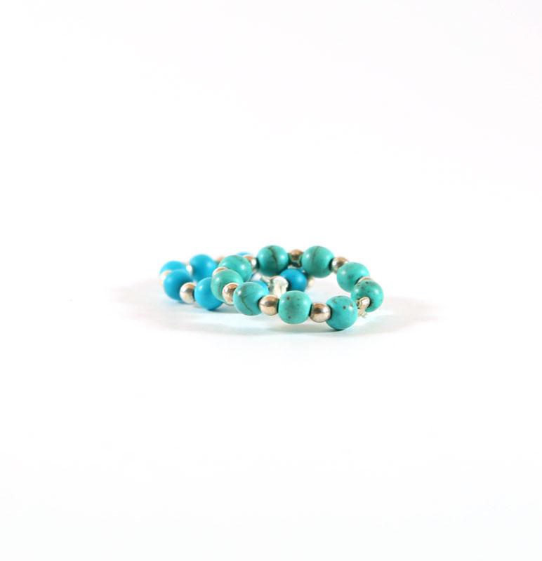 bague élastique pierres de turquoise perle de jade