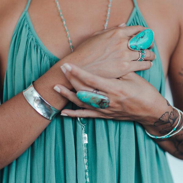 bracelet-manchette-argent-massif-perle-de-jade