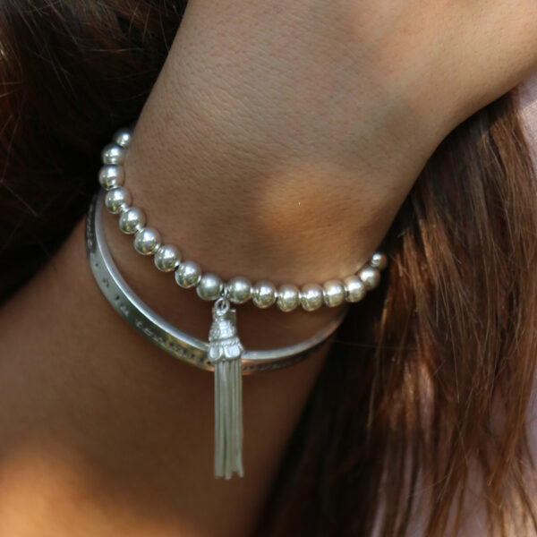 bracelet-pompom-argent