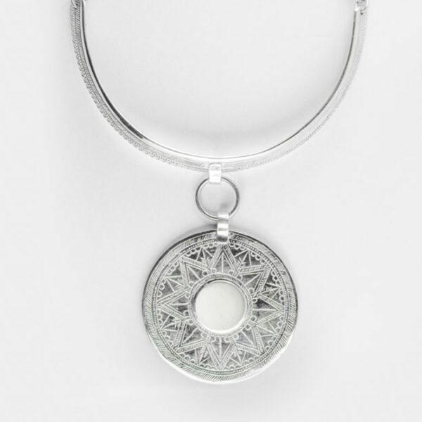 collier-moonshine-argent-massif-onyx-blanc-perle-de-jade