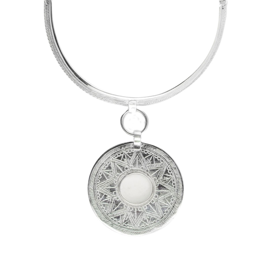 collier-moonshine-ras-de-cou-quartz-blanc-perle-de-jade