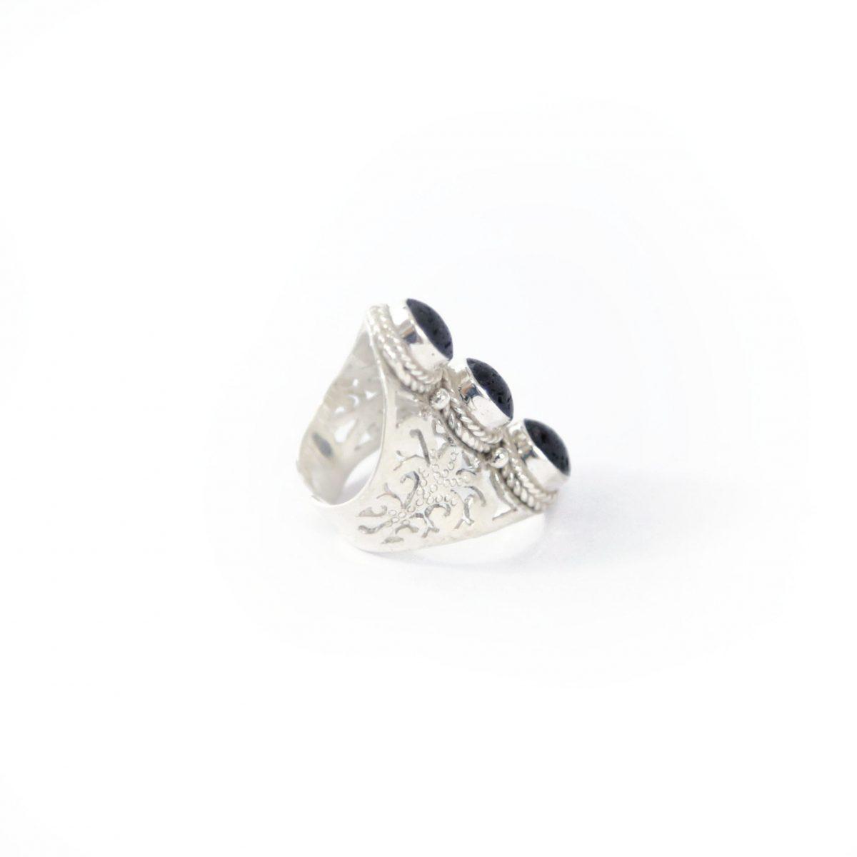 perle-de-jade-bague-argent-massif-925-pierres-lave-noire-01