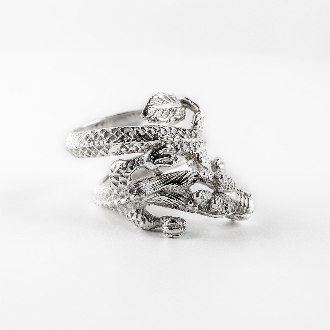 Perle de jade bague dragon en argent massif (925)