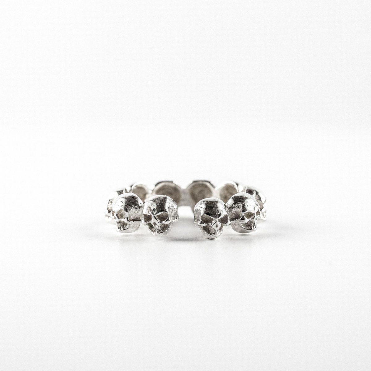 perle-de-jade-bague-skulls-argent-massif-925