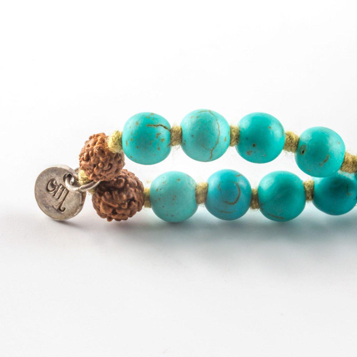 Perle de Jade collier mâlâ perles de turquoise et pompon beige pour enfant