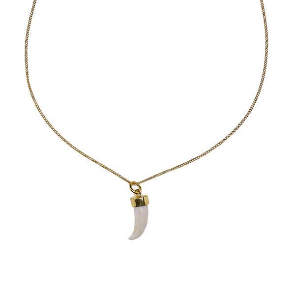 Collier pendentif stylisé dent de requin vermeil 18 carats