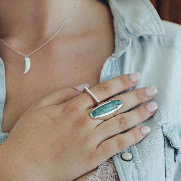 Bague rectangulaire en argent massif (925) Perle de Jade
