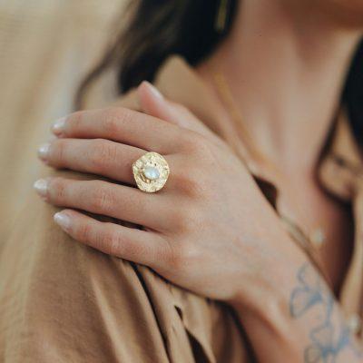 Bague ronde vermeil et nacre Perle de Jade
