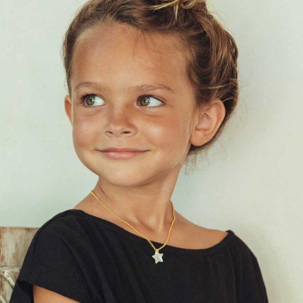 collier enfant avec pendentif etoile en vermeil