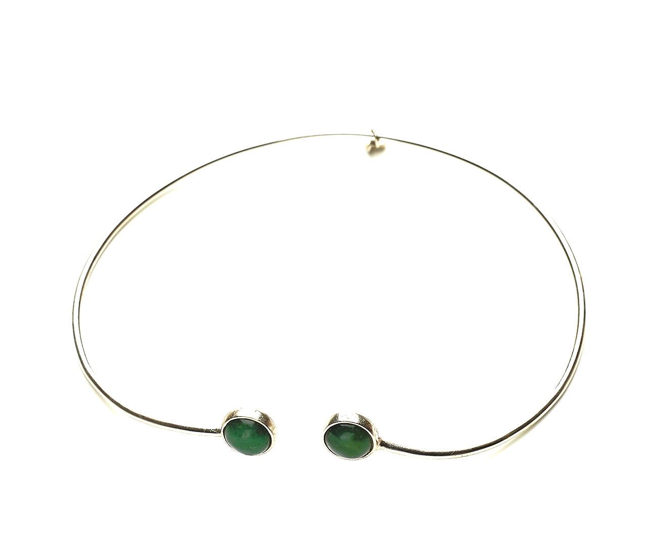 collier argent et Jade