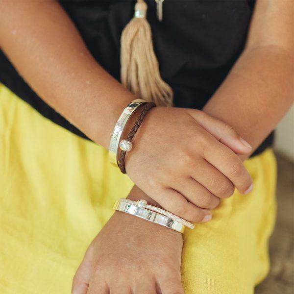 perle de jade bijoux - bracelet jonc enfant my baby love laniere en cuir marron et argent 925